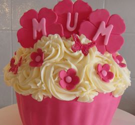 Personalised Birthday Cup Cakes