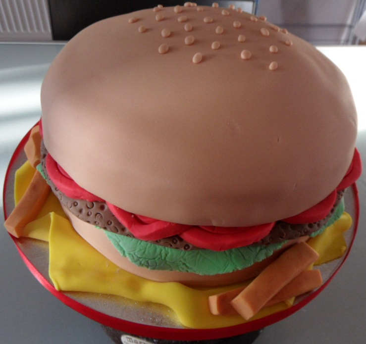 Remarkable Burger Georginas Cakes Funny Birthday Cards Online Aeocydamsfinfo